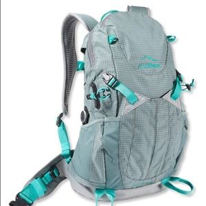 L L BEAN DAY TREKKER 20 BACKPACK